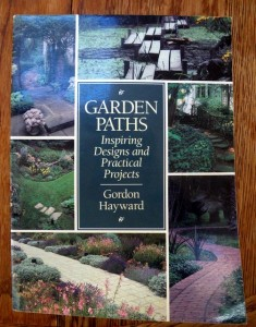 How to build and design garden paths