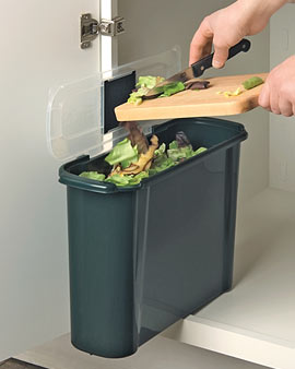 Under counter compost bucket
