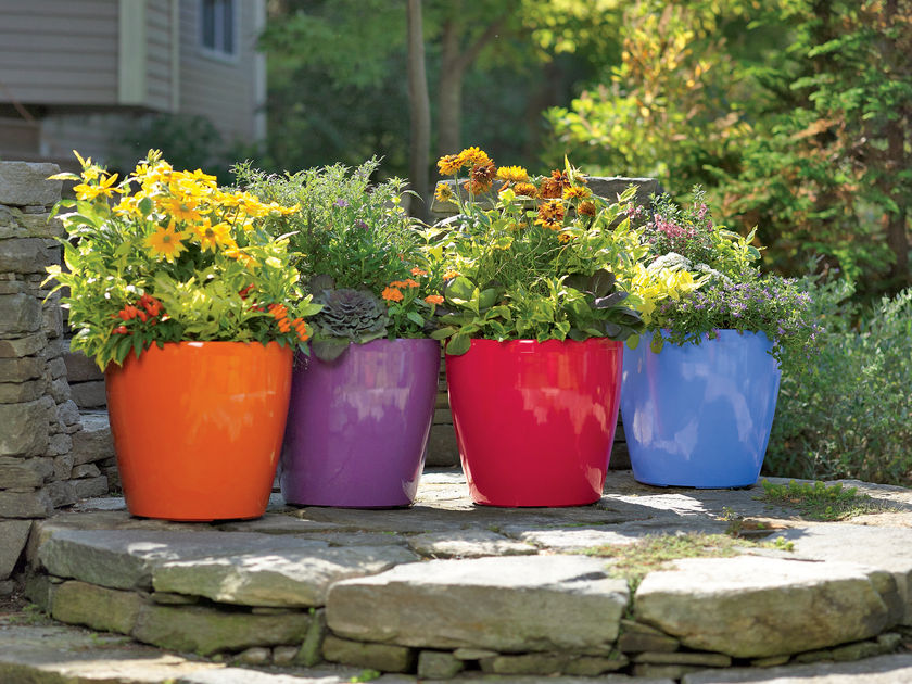 Self watering pots edible landscaping made easy with avis licht - Best compost for flower pots solutions within reach ...