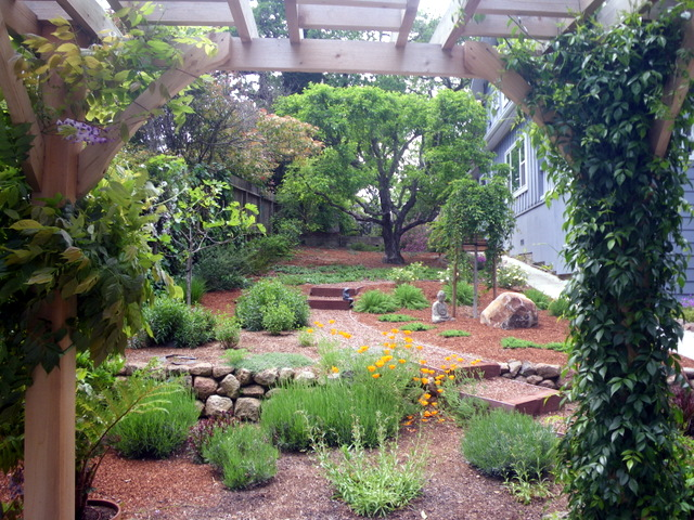 Design Elements For An Edible Landscape Edible Landscaping Made